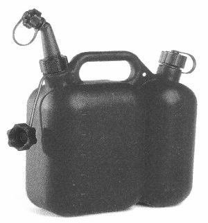 PT0901 Miscellaneous   Double Use Fuel and Oil Can 2.5 Litre and 1.5 Litre